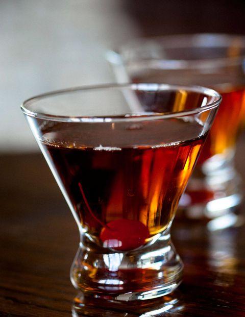 Liquid, Fluid, Glass, Barware, Drink, Alcoholic beverage, Alcohol, Drinkware, Distilled beverage, Apéritif,