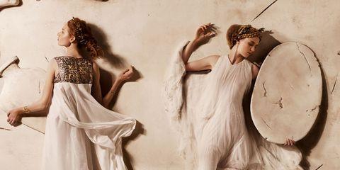 Human, Art, Vintage clothing, Waist, Illustration, Costume design, Painting, Costume, Visual arts, Gown,