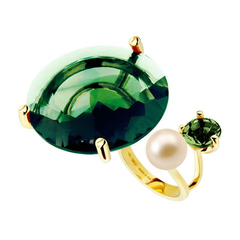 Green, Jewellery, Amber, Teal, Gemstone, Turquoise, Circle, Emerald, Natural material, Body jewelry,