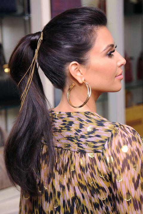 Earrings, Hairstyle, Jewellery, Eyelash, Style, Black hair, Beauty, Fashion accessory, Fashion, Street fashion,