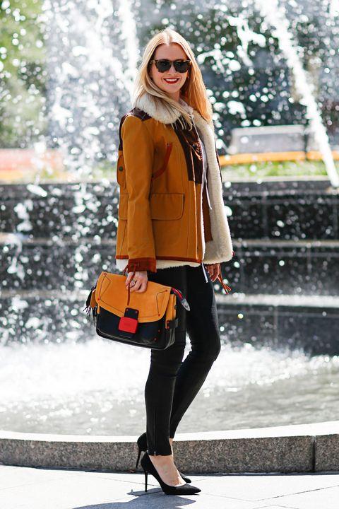 Clothing, Eyewear, Vision care, Human body, Textile, Bag, Sunglasses, Outerwear, Fashion accessory, Fountain,