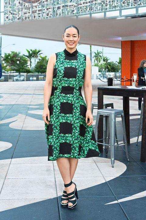 Green, Dress, Table, Style, One-piece garment, Teal, Fashion accessory, Pattern, Street fashion, Turquoise,