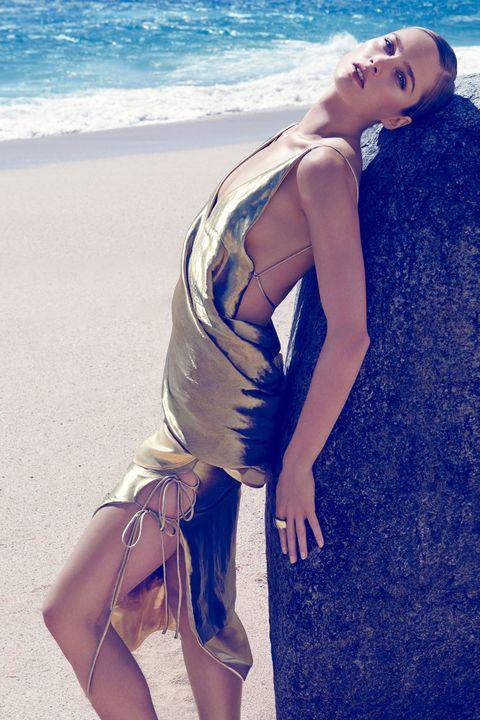 Blue, Human leg, Joint, Summer, Beach, Beauty, Thigh, Knee, Fashion model, Model,