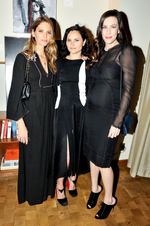 Dress, Style, Little black dress, Fashion, Black, One-piece garment, Black hair, Day dress, Fashion design, Cocktail dress,