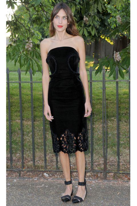Clothing, Dress, Green, Shoulder, Joint, Waist, Formal wear, One-piece garment, Strapless dress, Day dress,