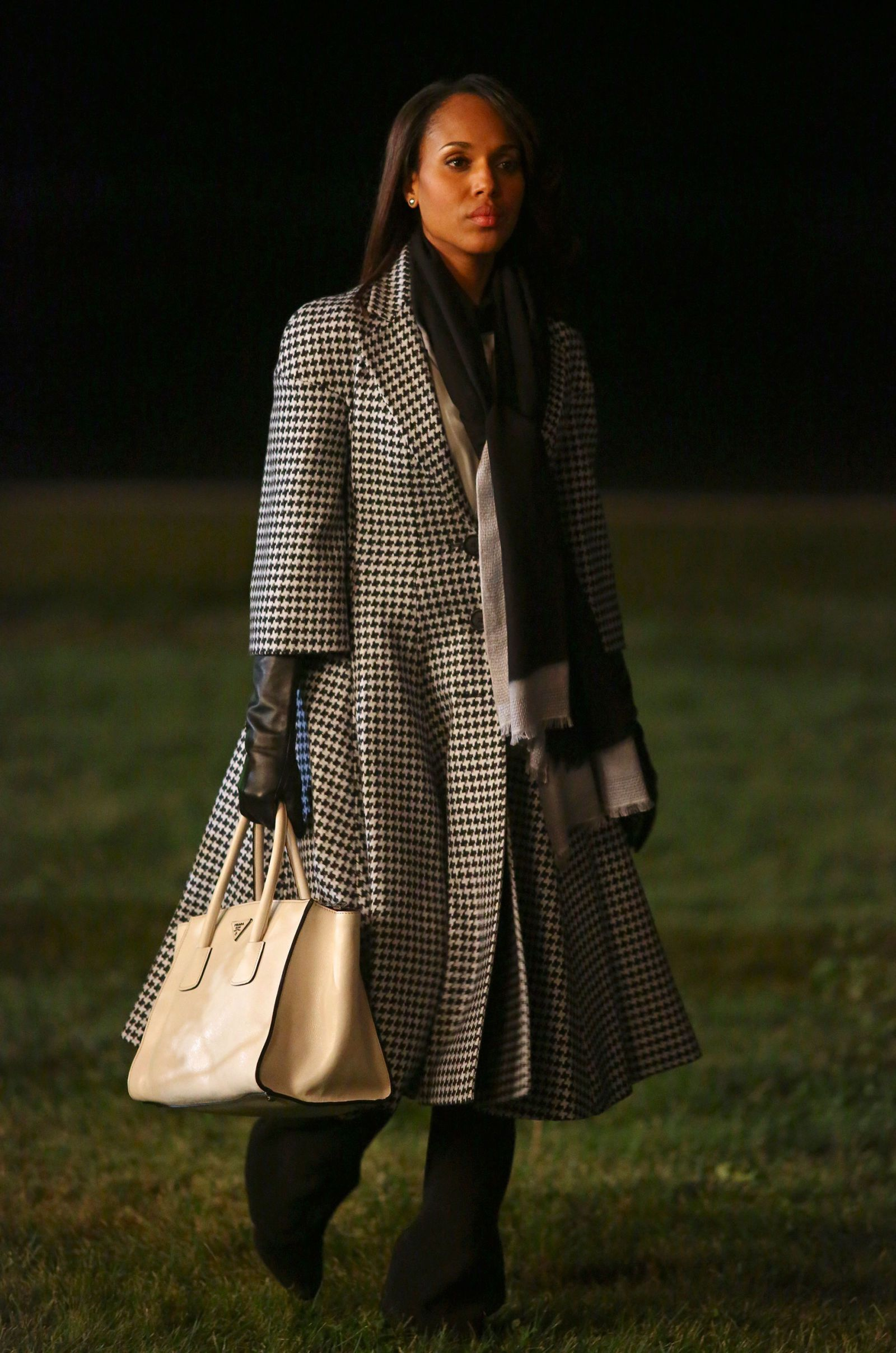 05ea038d01c1 Olivia Pope Fashion Sneak Peek - Kerry Washington's Scandal Style