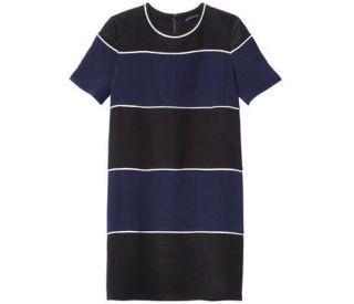 Blue, Product, Sleeve, Sportswear, T-shirt, Electric blue, Logo, Cobalt blue, Neck, Azure,