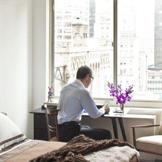 bedroom of new york city apartment of giorgio guidotti of maxmara