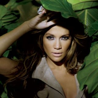 jennifer lopez in jungle with j mendel dress and mesi jilly ring