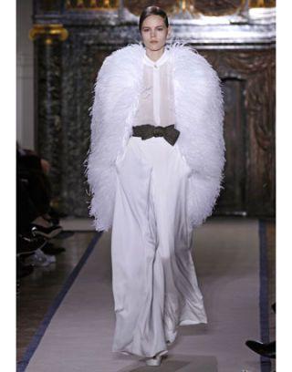 2abb6b32d06 Paris Fashion Week Fall 2011 Looks - Best Fall Runway Looks from ...