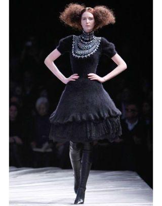 fall trends nouveau noir alexander mcqueen