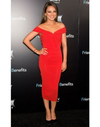 mila kunis red lanvin dress friends with benefits premiere