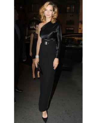 Uma Thurman in Ralph Lauren at the Vertu launch