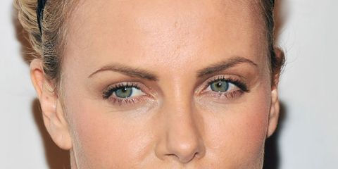 Head, Ear, Lip, Hairstyle, Skin, Chin, Forehead, Eyebrow, Earrings, Eyelash,