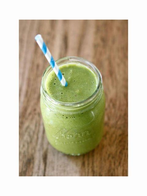Green, Drink, Juice, Vegetable juice, Ingredient, Health shake, Liquid, Teal, Aojiru, Smoothie,