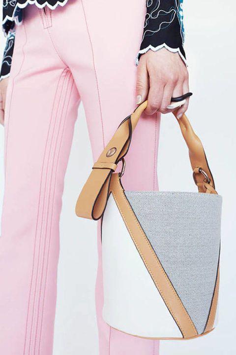 Collar, Textile, Style, Fashion, Wrist, Shoulder bag, Bag, Fashion design, Strap, Peach,