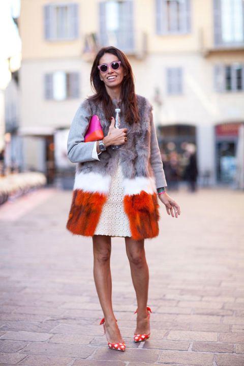Clothing, Sleeve, Human leg, Shoulder, Textile, Style, Street fashion, Pattern, Bag, Magenta,