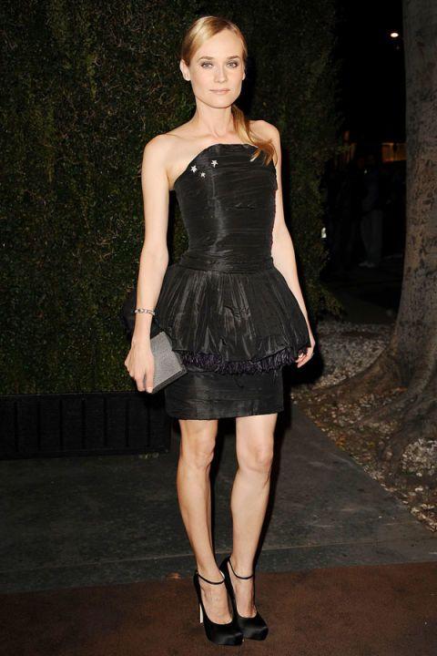 Clothing, Dress, Human body, Shoulder, Human leg, Joint, Formal wear, Cocktail dress, Little black dress, One-piece garment,