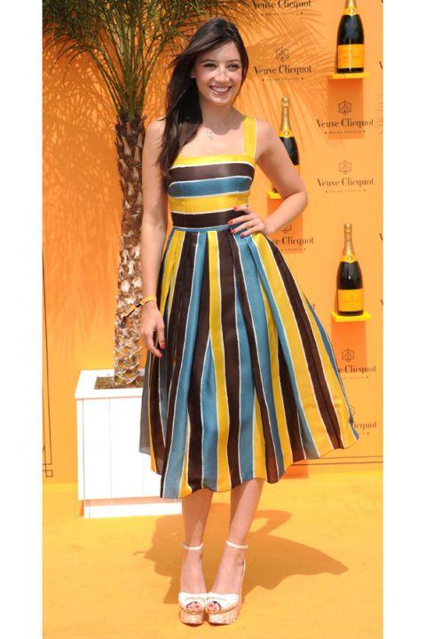 Yellow, Shoulder, Dress, Drink, Bottle, Style, Waist, Glass bottle, One-piece garment, Amber,
