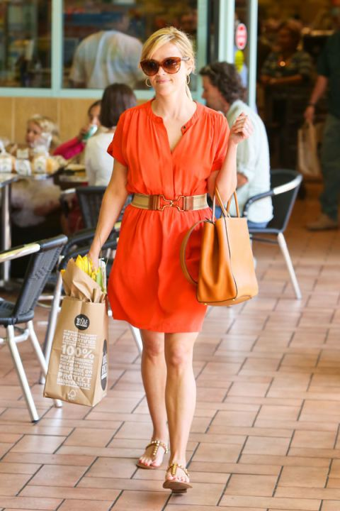 Clothing, Eyewear, Leg, Vision care, Brown, Shoulder, Bag, Sunglasses, Outerwear, Dress,