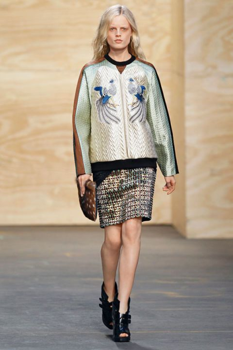 Clothing, Sleeve, Shoulder, Fashion show, Joint, Human leg, Outerwear, Runway, Fashion model, Style,