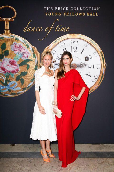 Dress, One-piece garment, Fashion, Day dress, Clock, Interior design, Watch, Fashion design, Wall clock, Cocktail dress,