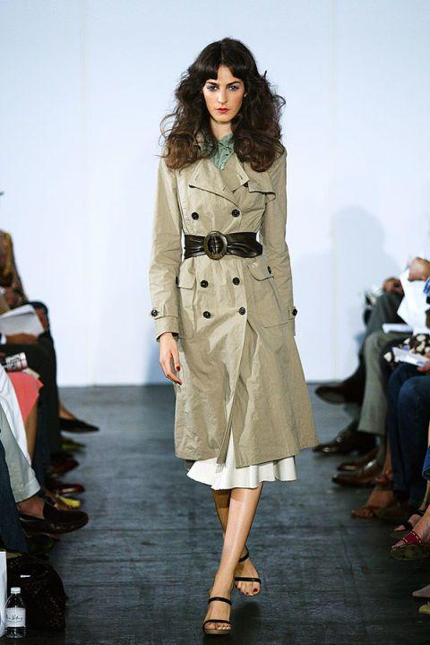 Clothing, Footwear, Fashion show, Shoulder, Joint, Runway, Outerwear, Fashion model, Style, Fashion,