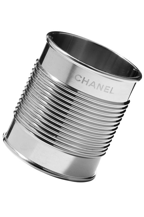 Product, Line, Metal, Black-and-white, Cylinder, Steel, Aluminium, Circle, Silver, Monochrome photography,
