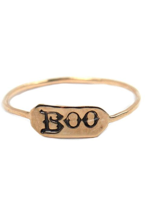 Brown, Tan, Eye glass accessory, Metal, Beige, Khaki, Pet supply, Chain, Body jewelry, Pendant,