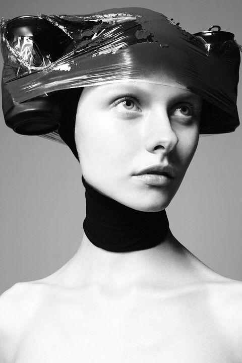 Lip, Shoulder, Hat, Style, Fashion accessory, Jaw, Headgear, Costume accessory, Fashion, Neck,