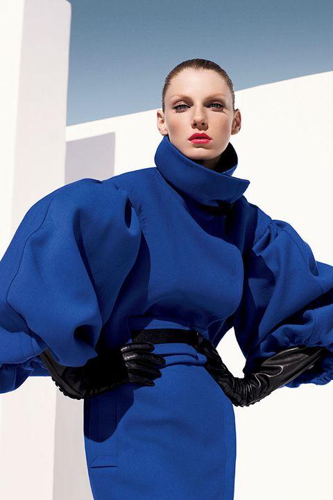 Blue, Sleeve, Shoulder, Textile, Fashion model, Electric blue, Dress, Cobalt blue, Fashion, Model,