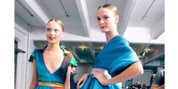 models backstage at jonathan saunders