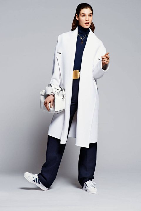Product, Collar, Sleeve, Coat, Shoe, Standing, Outerwear, White coat, Formal wear, Blazer,
