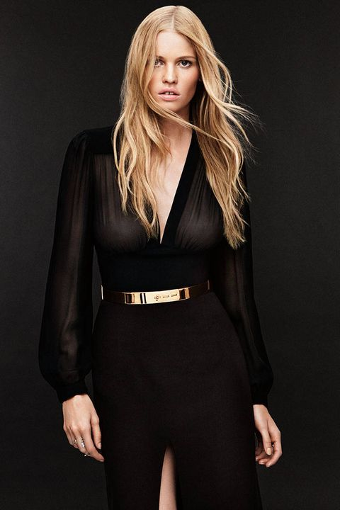 Sleeve, Shoulder, Collar, Joint, Standing, Dress, Waist, Formal wear, Fashion model, Style,