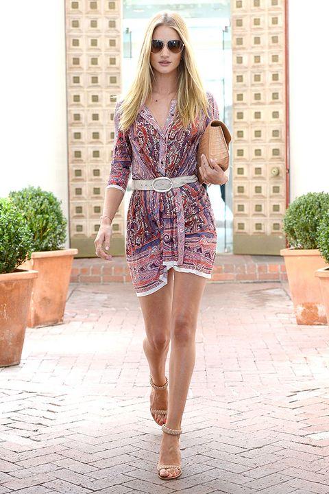 Clothing, Eyewear, Flowerpot, Human leg, Shoulder, Sunglasses, Dress, Joint, Style, One-piece garment,