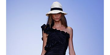 Emanuel Ungaro Spring 2009 Ready-to-Wear