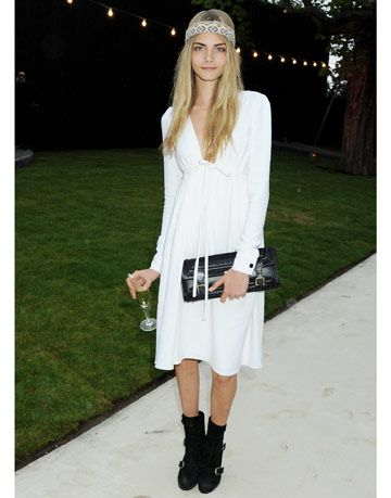 cara delevingne in burberry