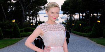 Kirsten Dunst in Chanel Haute Couture