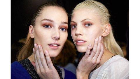 Head, Nose, Ear, Finger, Lip, Eye, Cheek, Hairstyle, Skin, Chin,
