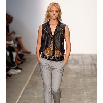 model in rag & bone