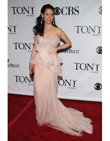 lucy liu at the tony awards
