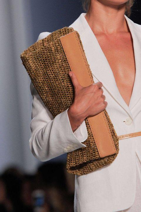 Fashion, Tan, Shoulder bag, Beige, Bag, Peach, Plucked string instruments, Pattern,