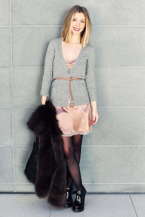 Clothing, Brown, Sleeve, Shoulder, Textile, Joint, Outerwear, Style, Street fashion, Fashion,