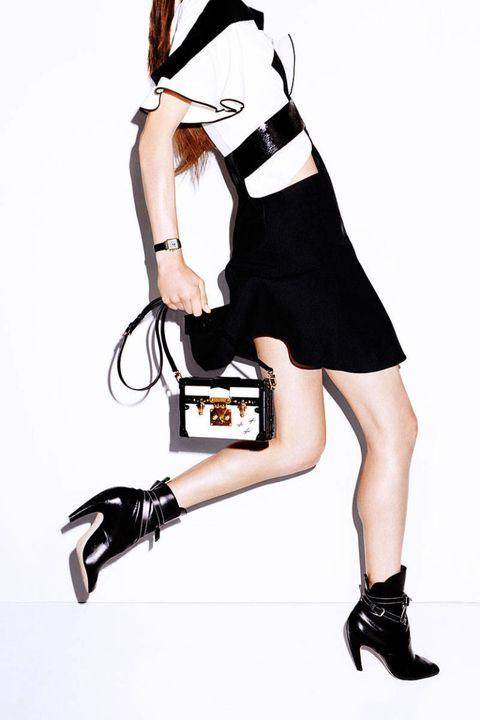 Shoulder, White, Style, High heels, Dress, Bag, Knee, Fashion, Black, Sandal,