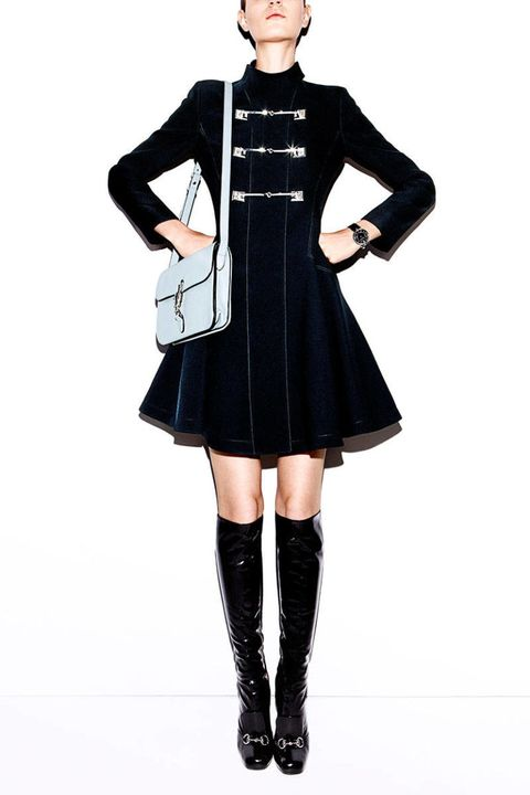 Sleeve, Collar, Joint, Standing, Dress, Style, Knee, Fashion, Black, Fashion model,
