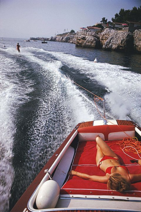 Watercraft, Recreation, Boat, Waterway, Leisure, Outdoor recreation, Fluid, Naval architecture, Liquid, Boating,