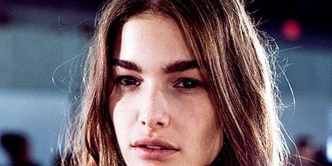 Lip, Mouth, Hairstyle, Eyebrow, Eyelash, Street fashion, Beauty, Long hair, Brown hair, Flash photography,