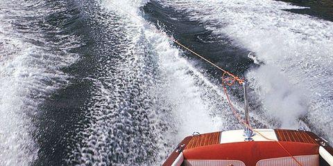 Recreation, Water resources, Fluid, Liquid, Watercraft, Outdoor recreation, Boat, Watercourse, Naval architecture, Wave,