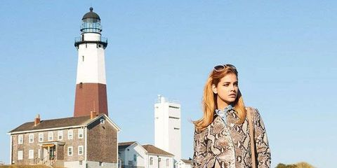 Tower, Sleeve, Collar, Style, Beacon, Street fashion, Lighthouse, Beige, Roof, Fashion model,