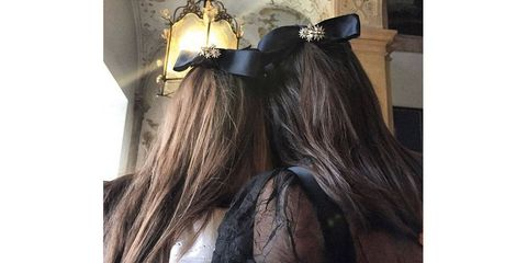 Brown, Hairstyle, Hair accessory, Costume accessory, Long hair, Liver, Artificial hair integrations, Brown hair, Fur, Natural material,